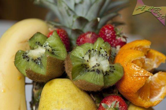 Ananas alla frutta e...benvenuta primavera.
