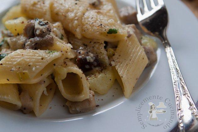 penne funghi porcini e patate - Semplicemente Cucinando