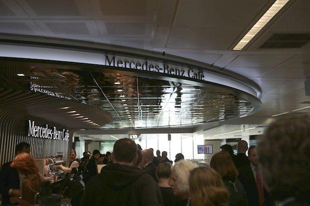 Inaugurato il Mercedes Benz Cafè a Fiumicino