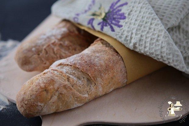 Le baguette - La ricetta baguetta vapore e farina di fave su Semplicemente Cucinando