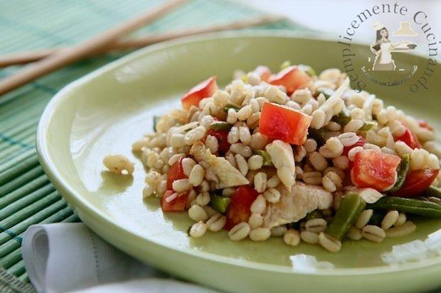 insalata di orzo e pollo - La Ricetta su Semplicemente Cucinando