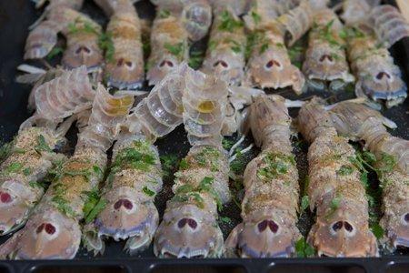 cicale di mare o pannocchie gratinate - Cucinare Le Canocchie