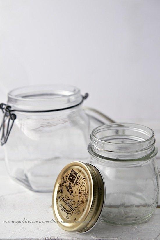 barattoli nella spiegazione di Conserve e confetture: le regole per farle a casa senza rischi