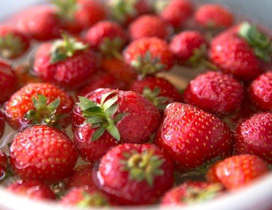 fragole per la confettura di fragole con il metodo Ferber