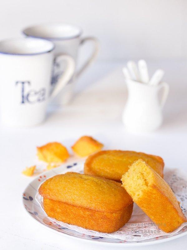 come fare i mini plumcake di carote e mandorle
