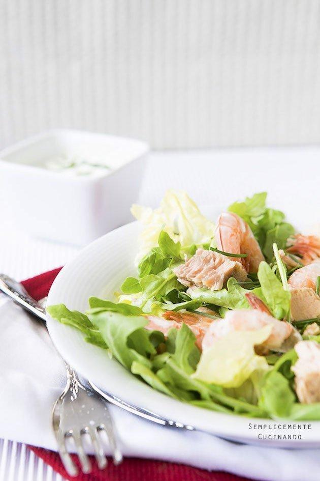 La ricetta dell'insalata di gamberi e tonno