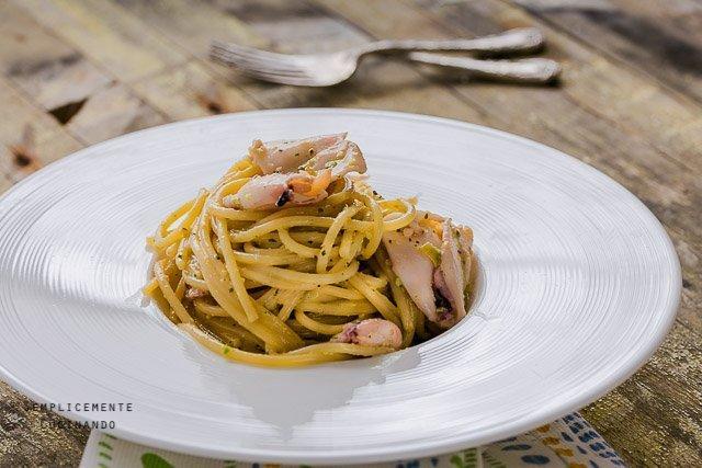 pesto di pistacchi e calamaretti