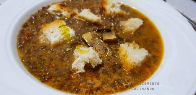 zuppa di lenticchie e funghi porcini