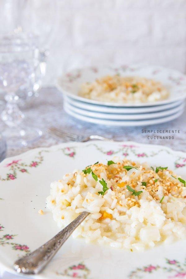 la ricetta del risotto rapa bianca e nocciole tostate