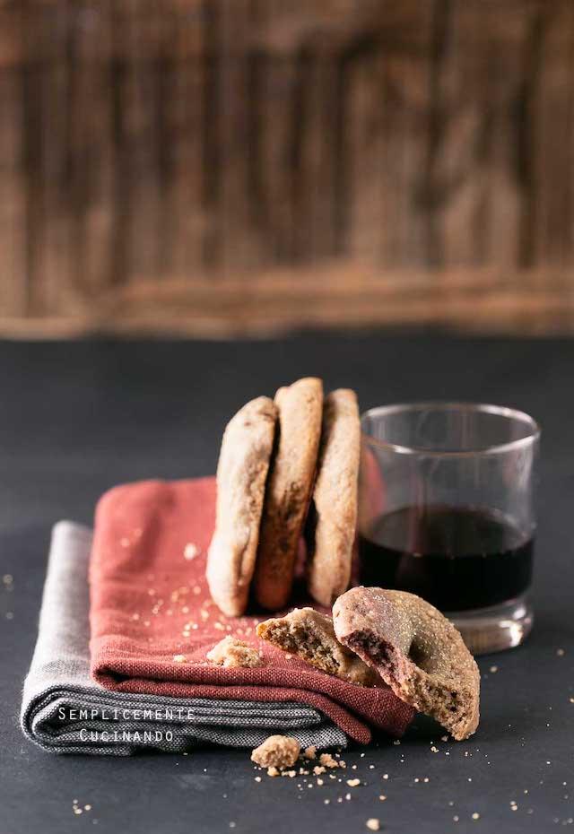 croccantissime e friabili ciambelline al vino