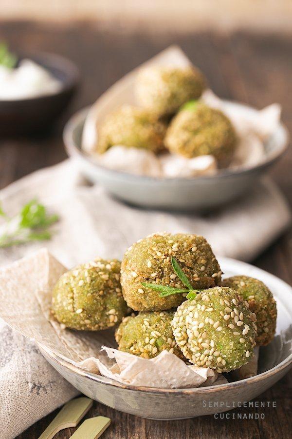 lo avreste mai detto che originariamente i falafel erano a base di fave?