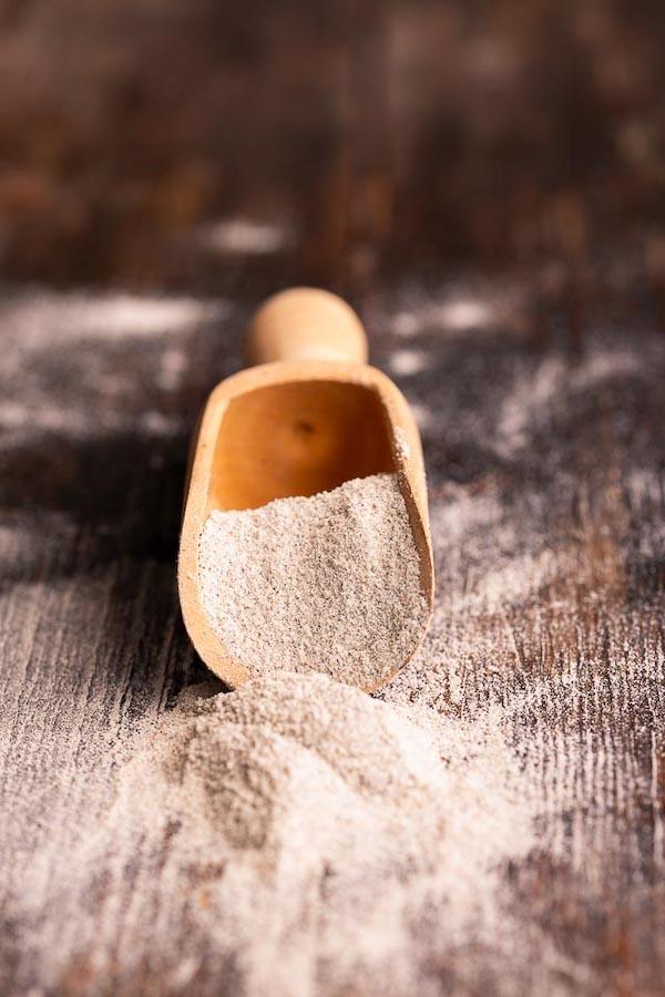 farina di grano arso usata per ispane di grano arso