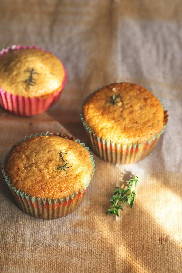 Scopri i muffin limone miele e timo