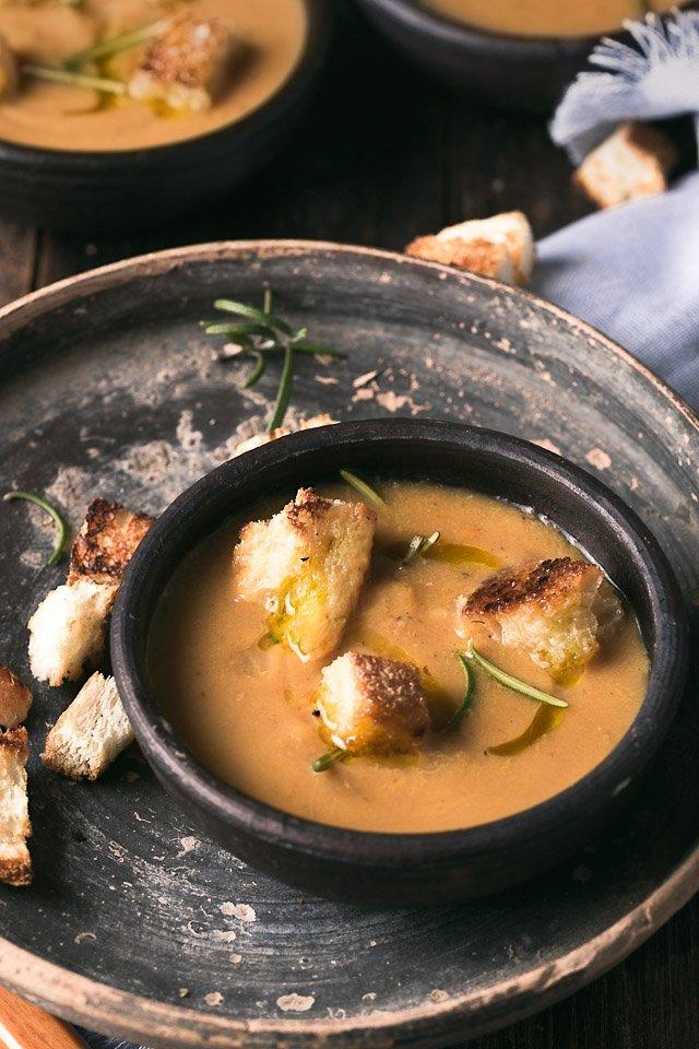 la ricetta della vellutata di castagne zucca e funghi su Semplicemente Cucinando